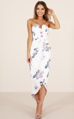 Never Look back dress in pink floral