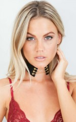 Delta Bay choker in black and gold