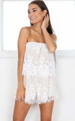 Dreamlover playsuit in white lace