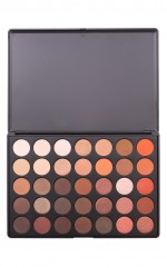 Essential eyeshadow palette in burnt copper