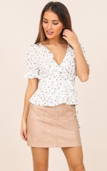 Floral Femme top in white floral