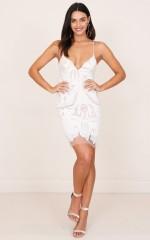Free Falling dress in white