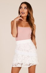 Get To Know Me skirt in white lace
