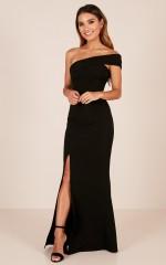 Glamour Girl maxi dress in black