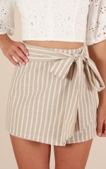 Good To Be Bad shorts in beige stripe