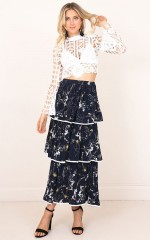 Instant Gratification skirt navy floral