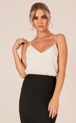 Outsider top in cream