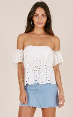 Rosella top in white lace