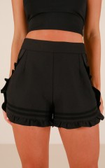 Summer Villa shorts in black