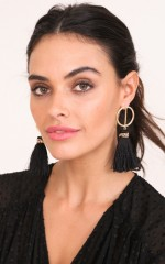 Sure Thing earrings in black and gold