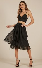 Full Of Love skirt in black lace