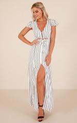 Resort maxi dress in white stripe