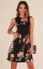 Encore dress in black floral