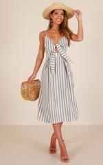 Sunday Candy dress in grey stripe linen look