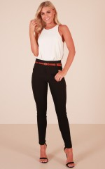 Best Wishes belted pants in black