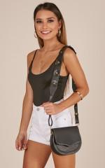 Never In Love bag strap in black