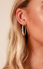 Leaving You earrings in silver