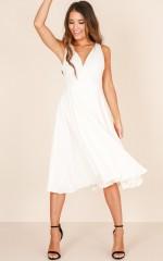 Classic Lady midi dress in white