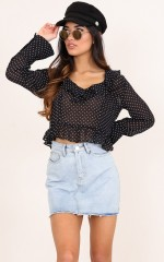 No Option top in black polka