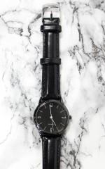 Oxford watch in black