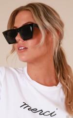 Dear Lover sunglasses in black
