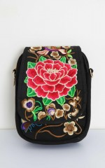 Rubirosa bag in red embroidery