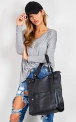 Walk On By bag in black