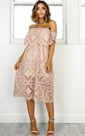 Get Ready dress in beige lace