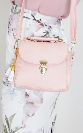 Strutting Down bag in pink