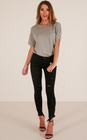 Natalee skinny jeans in black denim
