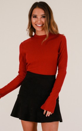 Aim For The Top knit in red