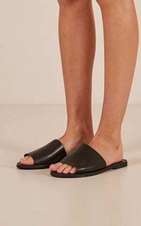 Windsor Smith - Bess Slides in black Leather