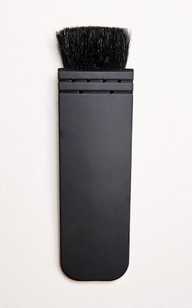 Flat contour brush