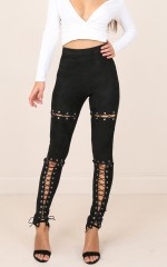 Rebel Girl leggings in black