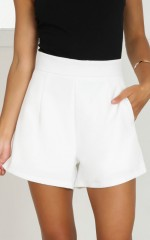 Passenger shorts in white