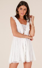 Always Smiling dress in white lace