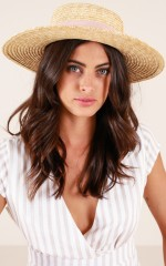 Far From Home hat in natural and blush