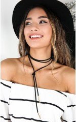 First Take choker in black