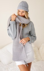 Terrain scarf in grey