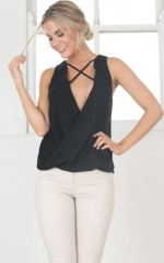 Introspectic Top in black