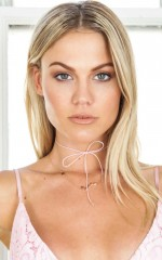Love Me Again choker in pale pink