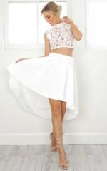 Morning Side Skirt in white