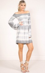 Noticeable dress in grey tie dye