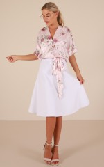 Starting Line top in blush floral