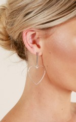 Love On The Brain earrings in silver