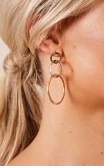 Kelsey earrings in gold