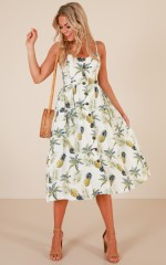 Wont Give Up dress in white print linen look