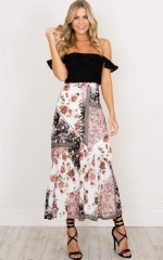 Sylvia maxi skirt in blush print
