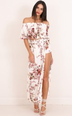 Endless Dreams two piece set in cream floral