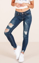 Callie skinny jeans in dark wash